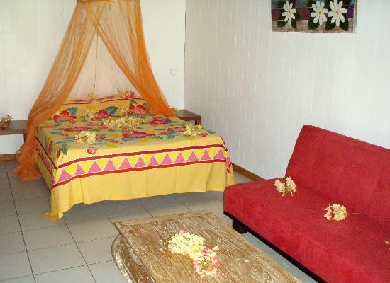 Hotel Hibiscus : Interieur bungalow