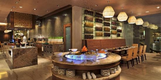 Jaipur Marriott Hotel: okra