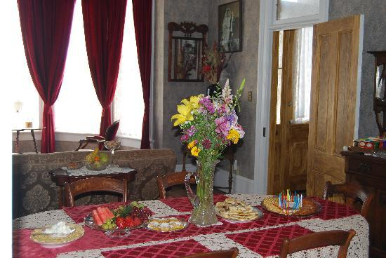 B Street House Bed and Breakfast: our fabulous snack spread