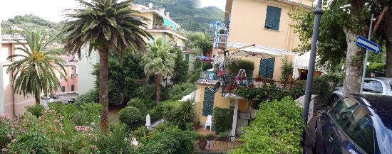Hotel Villa Anita: Villa Anita im Grünen