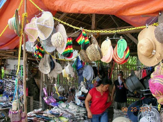 Malatapay Market: hats, slippers, fans