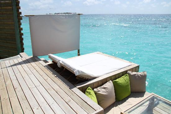 Six Senses Laamu: Sun Lounge