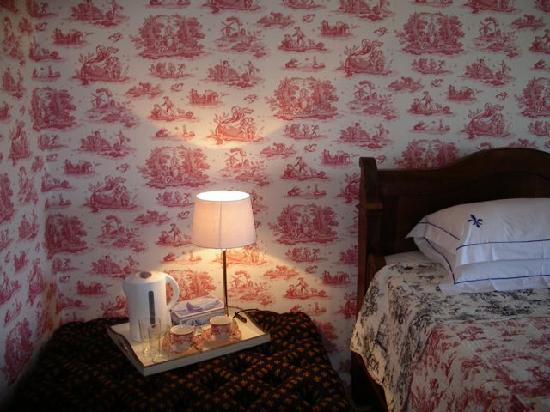 Bouilhonnac, France: Bedroom