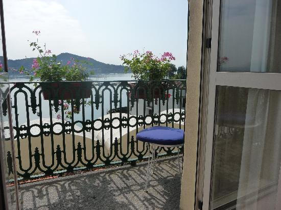 Hotel Villa Paradiso: Zicht vanuit de kamer