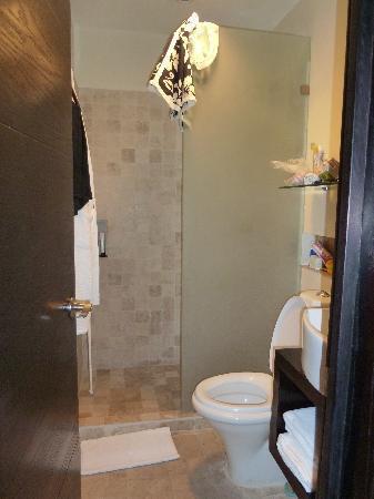 Hotel El Punto: bagno