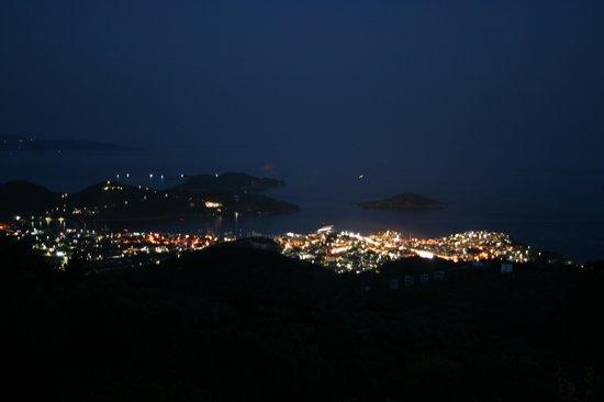 Platanos Restaurant : Skiathos bei Nacht