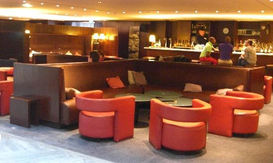 Sheraton Paris Airport Hotel & Conference Centre: Lobby