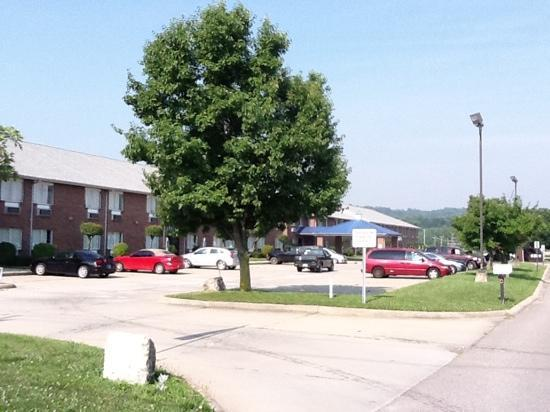 Riverside Inn Motel : riverside inn