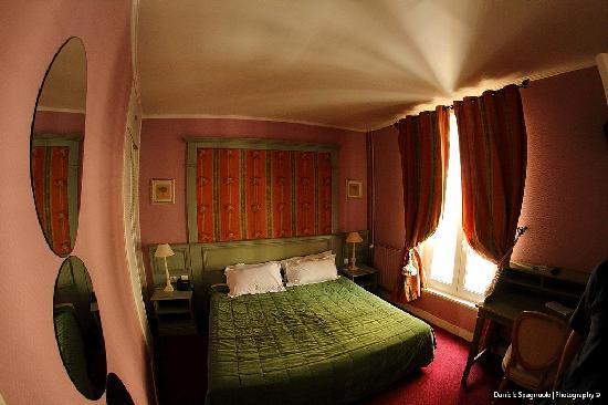 Hotel de Bellevue Paris Gare du Nord: La nostra stanza