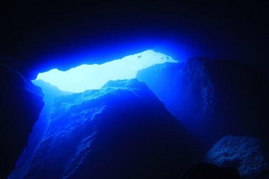 ซายแพน, หมู่เกาะมาเรียนา: 外洋に通じるトンネル