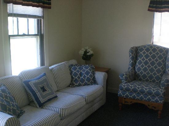 Beachstone Cottages: Roseville Cottage
