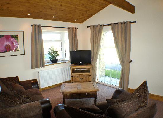 Fram Park: 2 bed interior