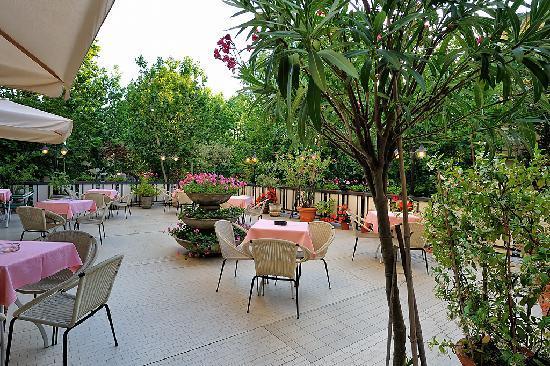 Terrazzo Hotel Miramare et de la ville