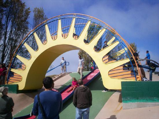 Dennis the Menace Park: roller slide