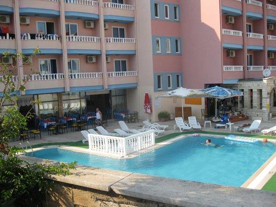 Hotel Lidya: hotel pool