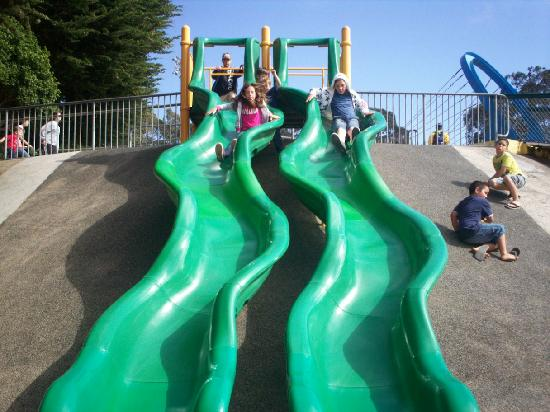 Dennis the Menace Park: slides