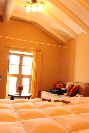 Yanantin Guest House: Bed