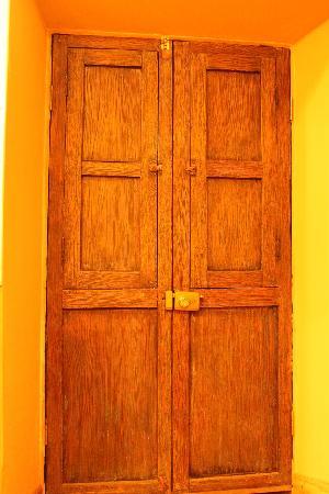 Yanantin Guest House: Peruivan door
