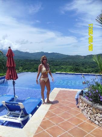 Caldera, Panamá: Enjoying a dip in the amazing pool