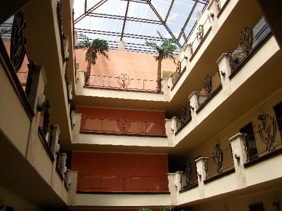 Hotel Gran Mediterraneo: atrium