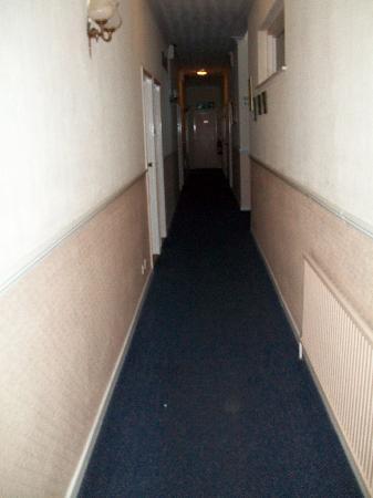 Crossroads Lodge: Ground Level hallway