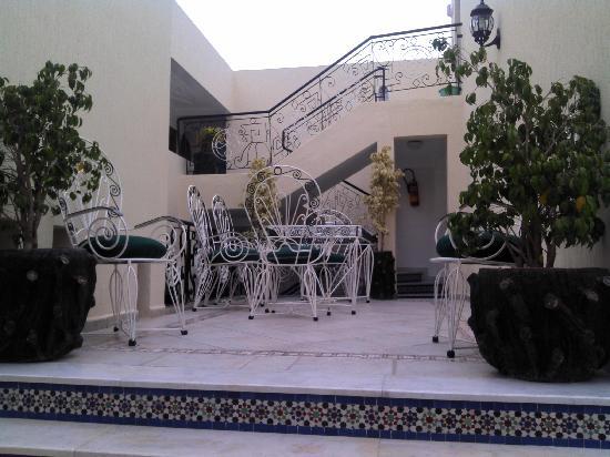 Hotel El Bahia: Le patio