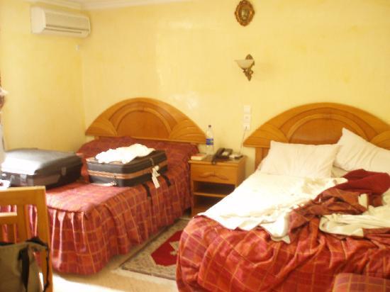 Hotel El Bahia : Une chambre