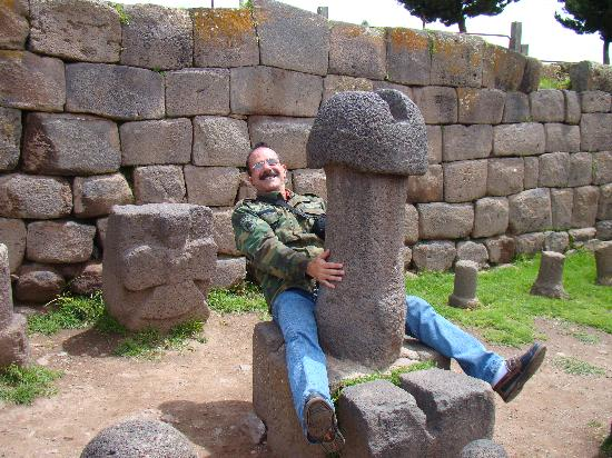 Hostal Helena Inn: Inka Uyu - Templo a la Fertilidad - Chucuito
