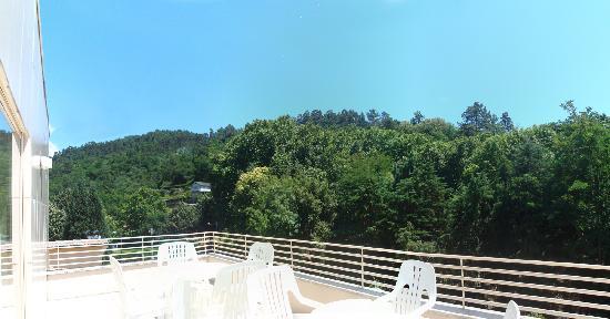 Hotel Caldelas: Landscape