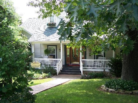 Inn at Harbour Ridge Bed and Breakfast: The main B&B