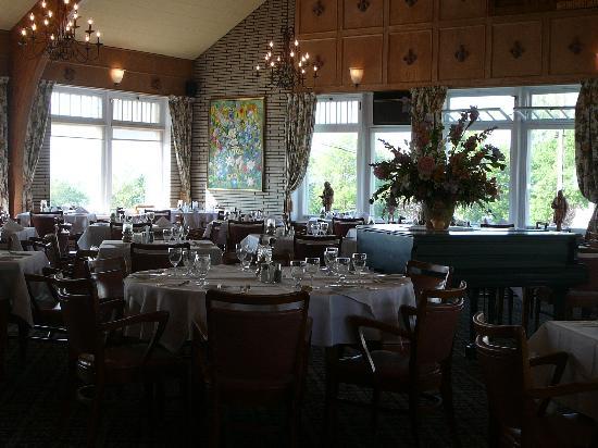 Le Faubourg : la salle a manger