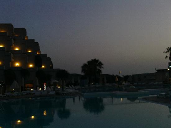 Hotel Gala: hotel and pool