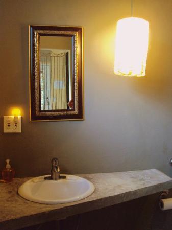 Casa de Amistad: Bath