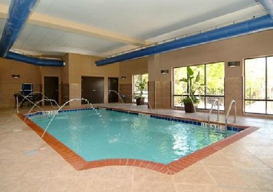 كومفرت سويتس لكسنجتون: Indoor Swimming Pool