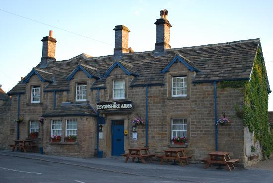 Devonshire Arms at Pilsley: Early morning