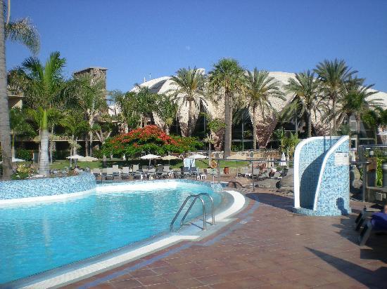 H10 Playa Meloneras Palace: piscinas
