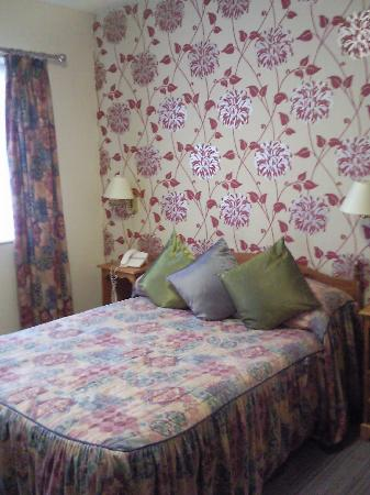 Tiffany's Hotel Blackpool: Grannified room