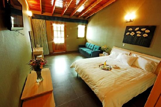 Casa Grande Bambito Highlands Resort : Our garden suite room