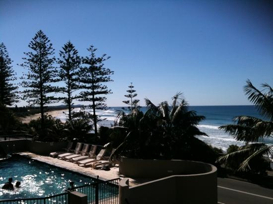 Clubb Coolum Beach: view from balcony Clubb Coolum