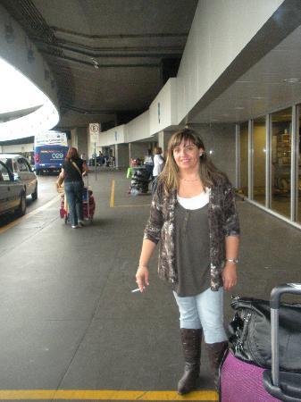 Abracadabra Pousada: Aeropuerto de Río, llegando a Brasil
