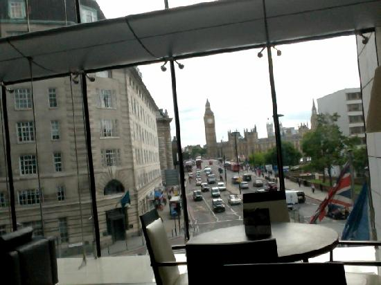 Park Plaza Westminster Bridge London : View from the Executive Lounge