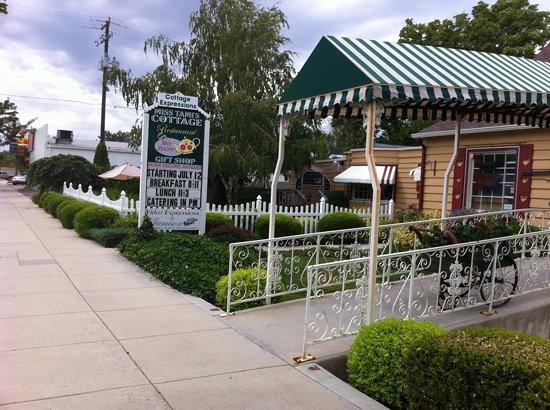 Miss Tami's Cottage & Tea Room: Miss Tami's Tea Cottage