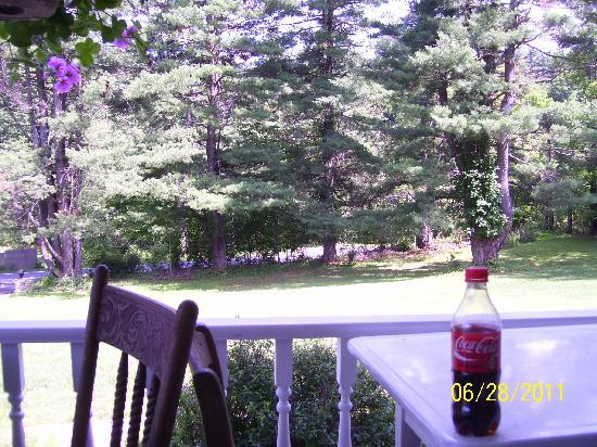 Blue Stone Cottage Bed and Breakfast: relaxing by the porch with a favorite bottle of soda
