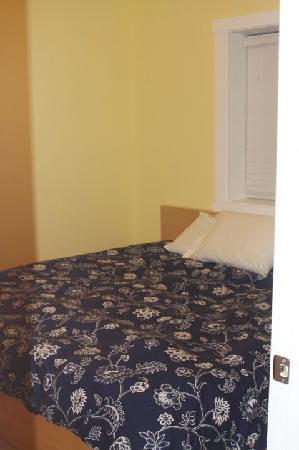 Blue Door Cottages: Master Bed--So Comfy and I'm not an easy sleeper