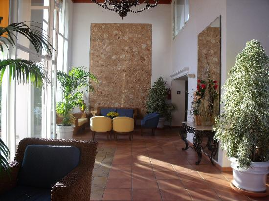 Entree hotel photo de palia dolce farniente cala d 39 or for Entree hotel