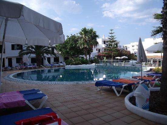 Palia Dolce Farniente: piscine le matin de bonne heure