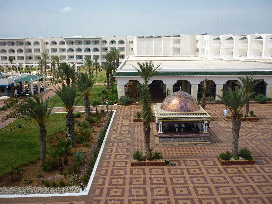 Concorde Hotel Marco Polo: vue de la chambre
