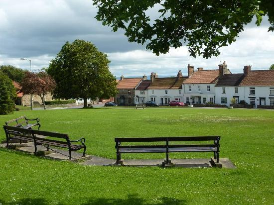 Rushyford, UK: Heighington Village Green