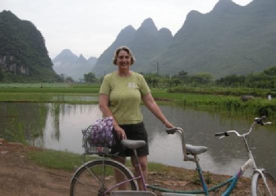 Yangshuo County, Çin: Karen biking at Yangshuo countryside June 2011