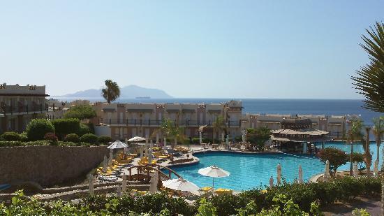 Concorde El Salam Hotel: view fromour room